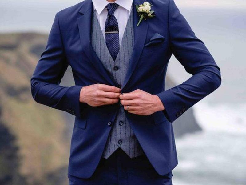Come si vestirà lo sposo?